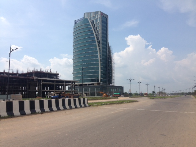 Omaxe Inter national Trade tower Under construction